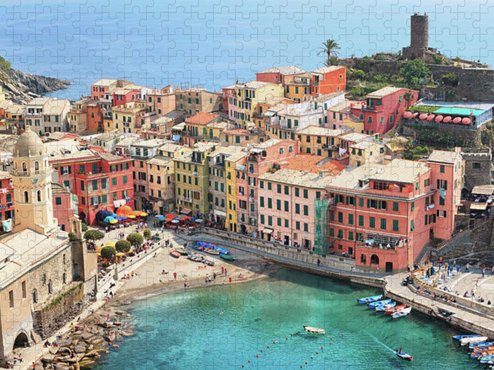 Water's Edge Puzzle featuring the photograph Vernazza by Borchee