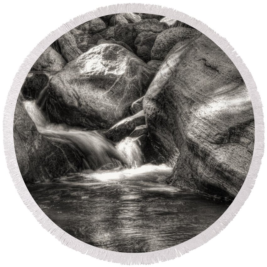 Pictorial Round Beach Towel featuring the photograph Andreas Creek Waterfall by Roger Passman