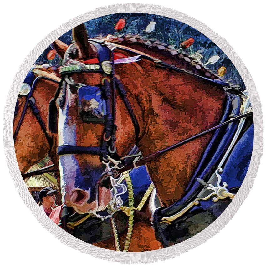Budwieser Clydesdale Horse Round Beach Towel featuring the photograph Budwieser Clydesdale by Tommy Anderson
