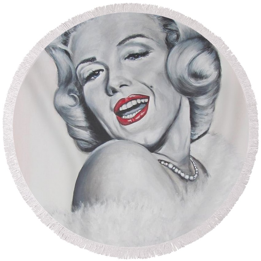 Marilyn Monroe Round Beach Towel featuring the painting Marilyn Monroe by Eric Dee