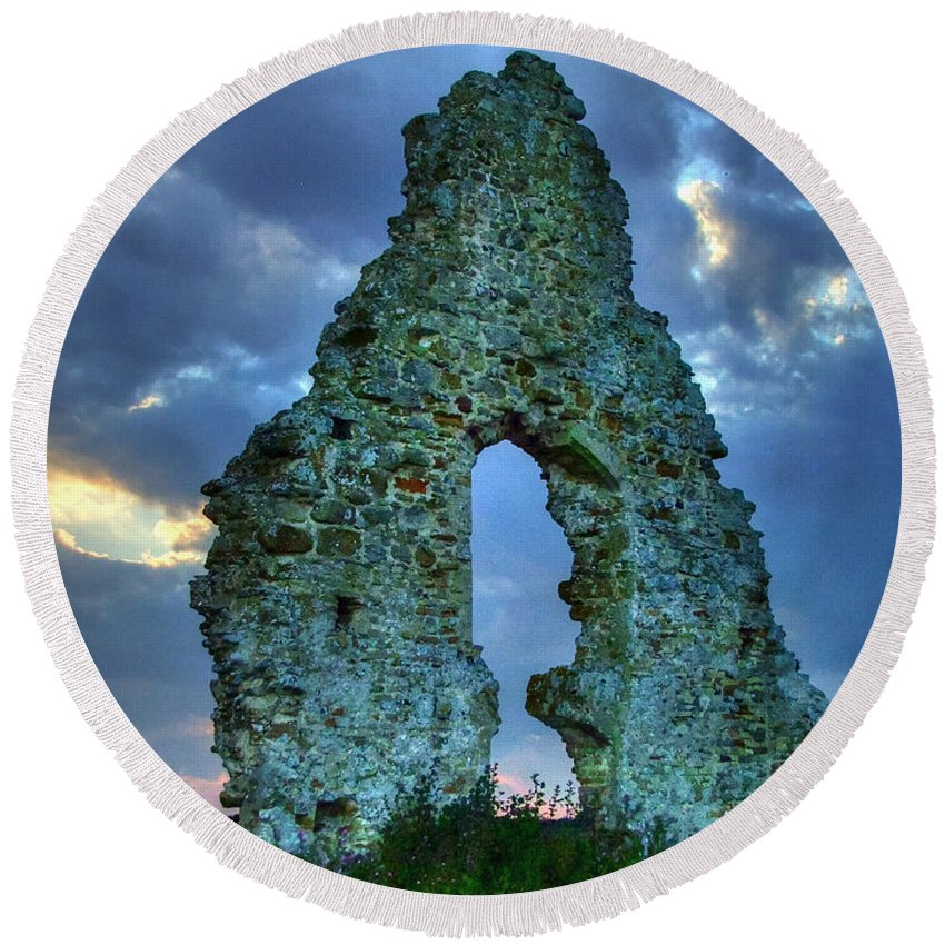 Midley Church Ruins Round Beach Towel featuring the photograph Midley Church Ruins At Dusk by Dave Godden