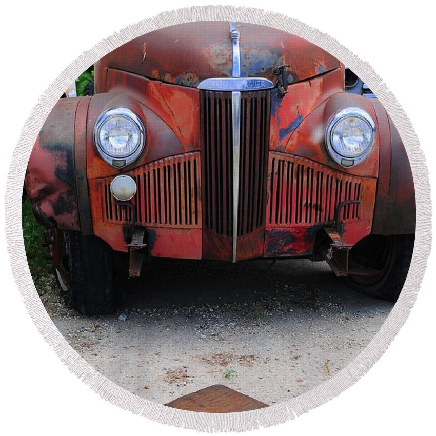 Old Round Beach Towel featuring the photograph Old Old Car by Kathleen Struckle