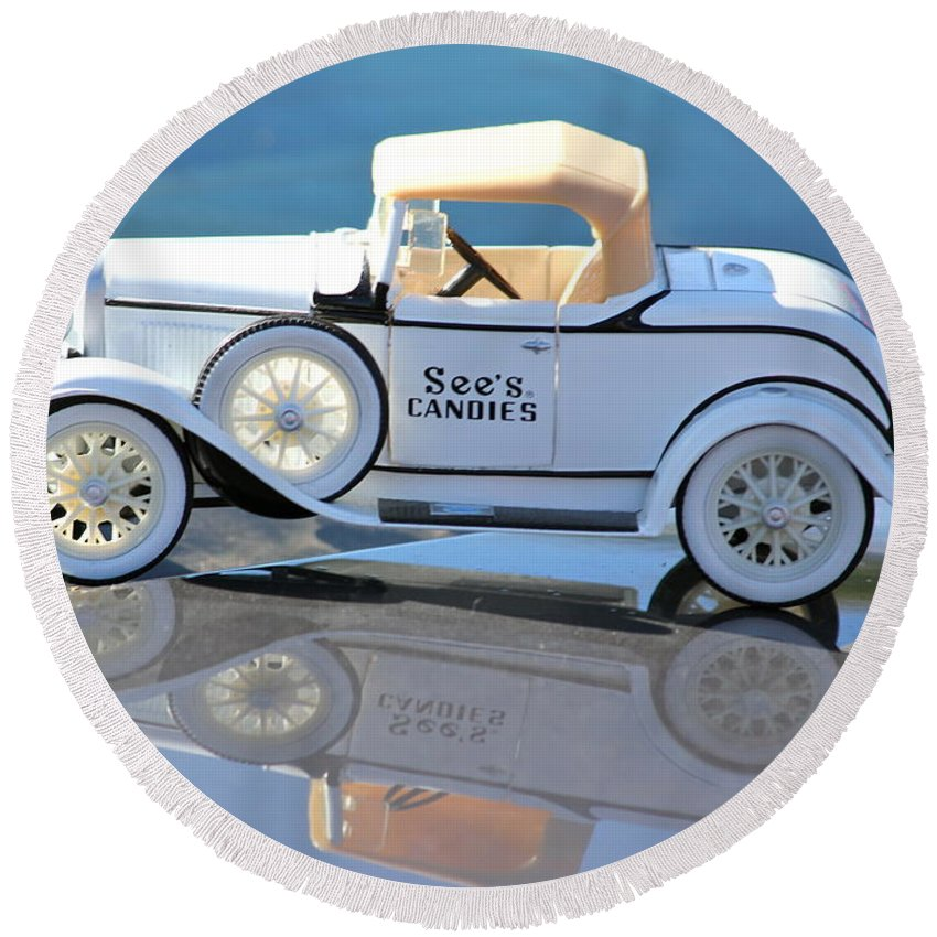 See's Candies Round Beach Towel featuring the photograph Vintage Car by Lorna Maza