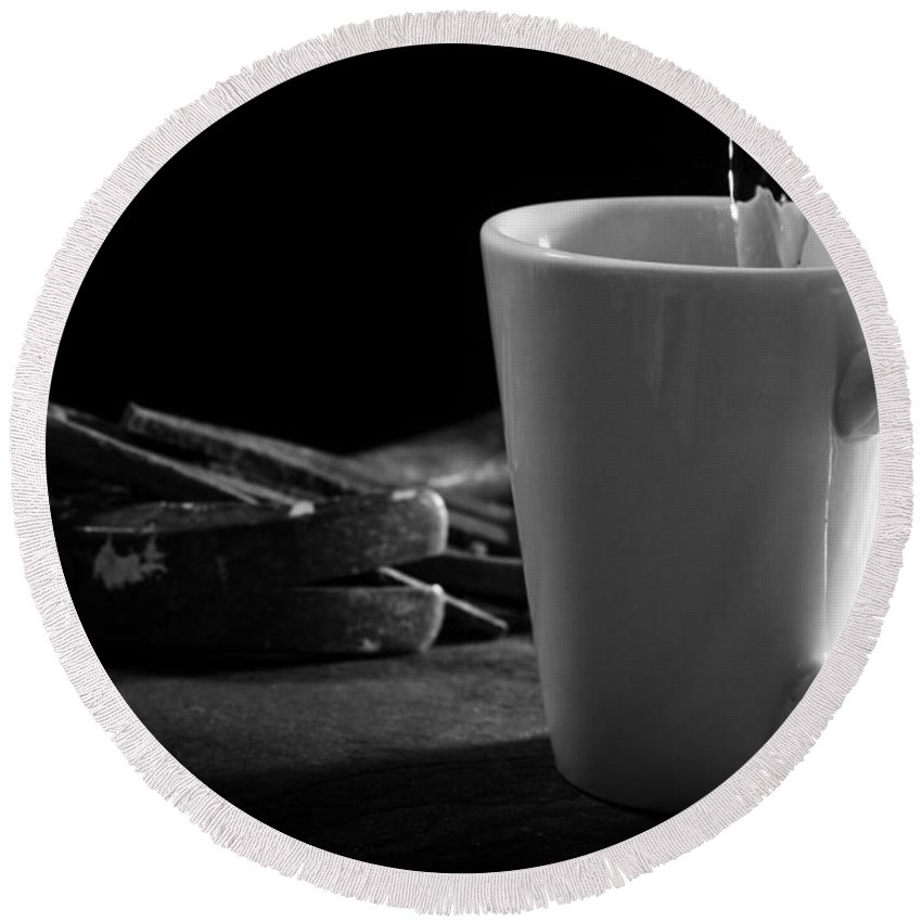 Pouring Round Beach Towel featuring the photograph Workman's Coffee Break by Donald Erickson