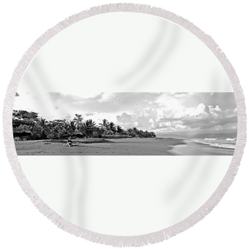 Seascape Round Beach Towel featuring the photograph Beach Of The Iguana Bw by Norman Johnson
