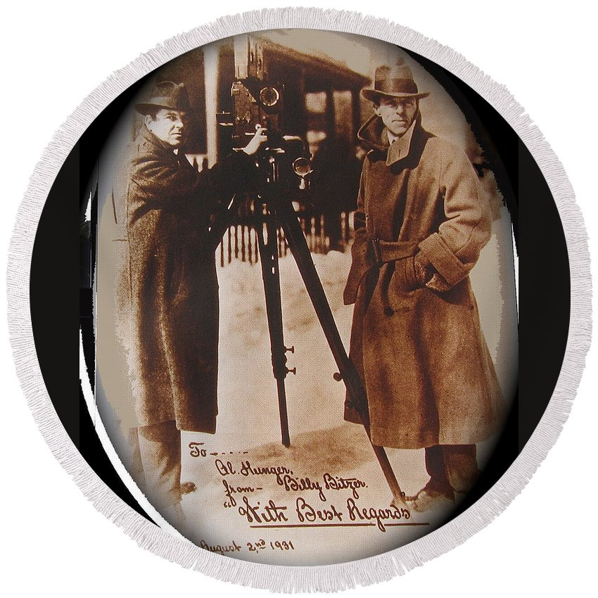 Billy Bitzer D.w. Griffith Pathe Camera Way Down East 1920 Round Beach Towel featuring the photograph Billy Bitzer D.w. Griffith Pathe Camera Way Down East 1920-2013 by David Lee Guss