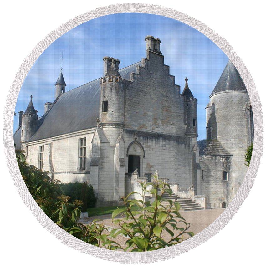 Castle Round Beach Towel featuring the photograph Castle Loches - France by Christiane Schulze Art And Photography