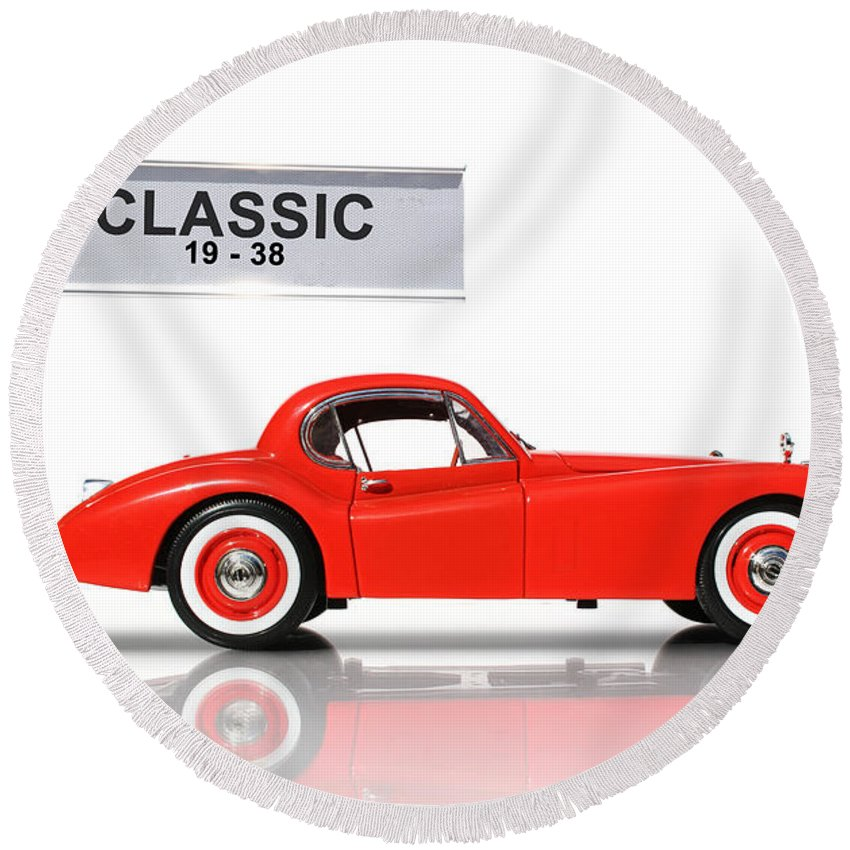Classic Round Beach Towel featuring the photograph Classic Car by Jorgo Photography - Wall Art Gallery