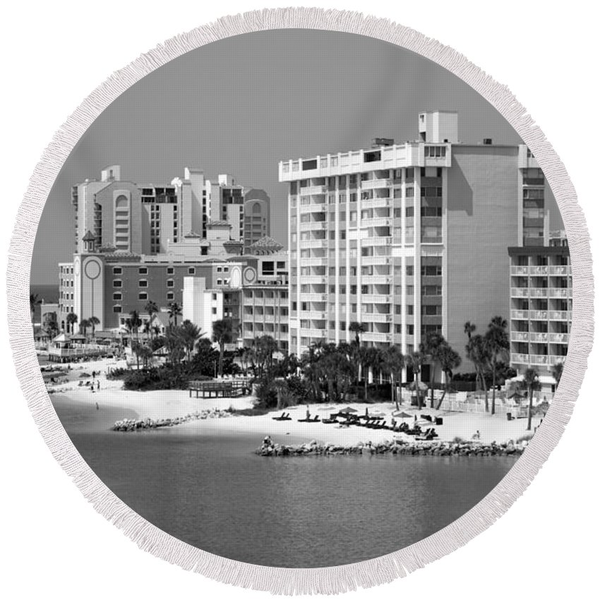 Black And White Round Beach Towel featuring the photograph Clearwater Beach Florida by Bill Cobb