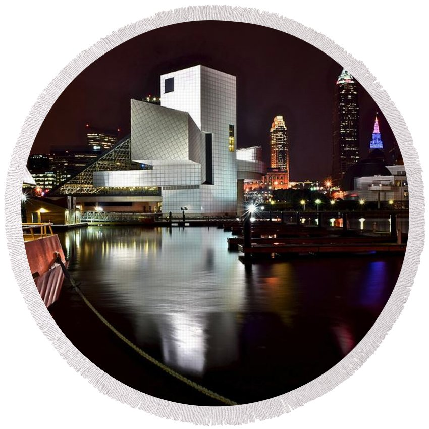 Cleveland Round Beach Towel featuring the photograph Cleveland Lakefront by Frozen in Time Fine Art Photography