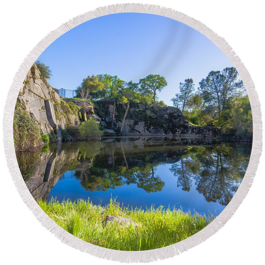 Copp's Quarry Round Beach Towel featuring the photograph Copp's Quarry by Jim Thompson