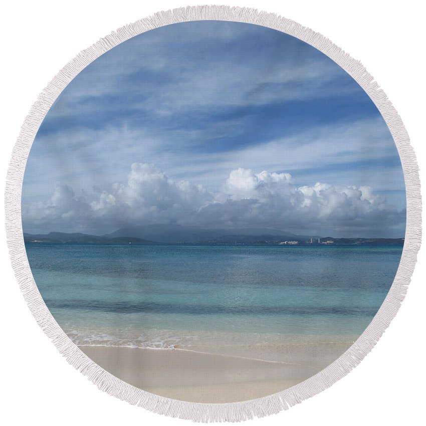 Ocean Round Beach Towel featuring the photograph Felicity by Jean Macaluso