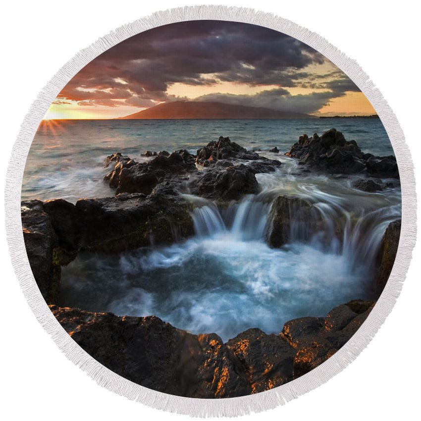 Hawaii Round Beach Towel featuring the photograph Filling The Cauldron by Mike Dawson