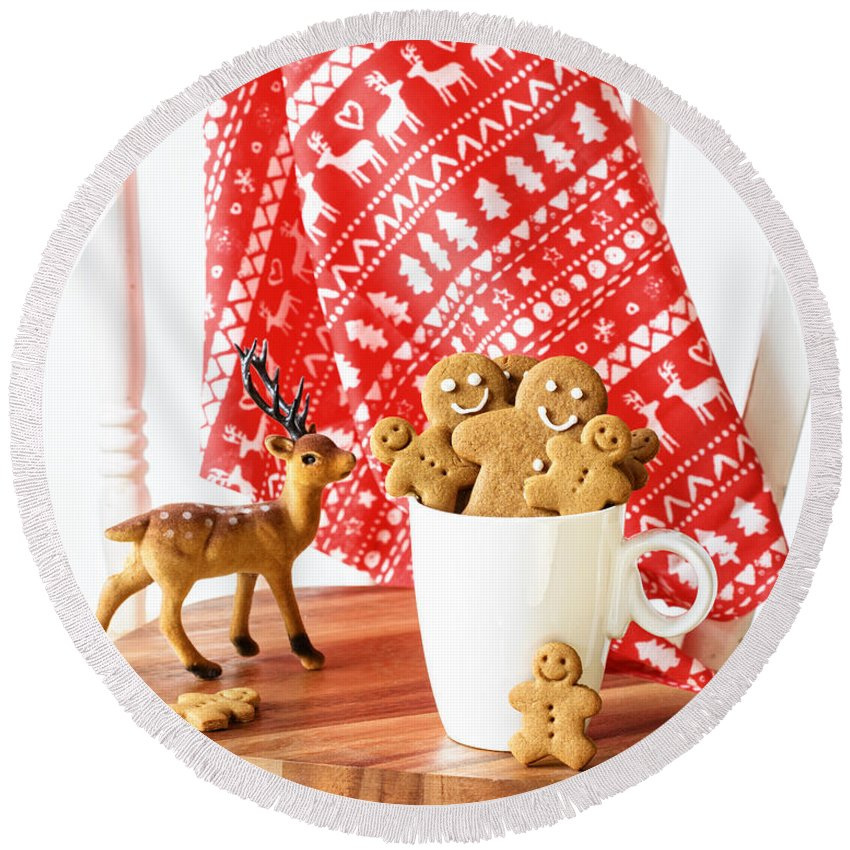 Ginger Round Beach Towel featuring the photograph Gingerbread At Christmas by Amanda Elwell