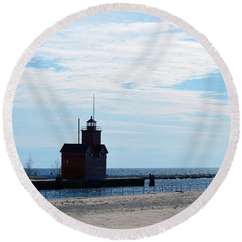 Holland Lighthouse Round Beach Towel featuring the photograph Holland Lighthouse by Linda Kerkau