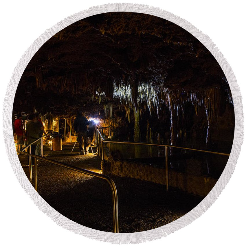Meramec Caverns Round Beach Towel featuring the photograph Jagged by Angus Hooper Iii