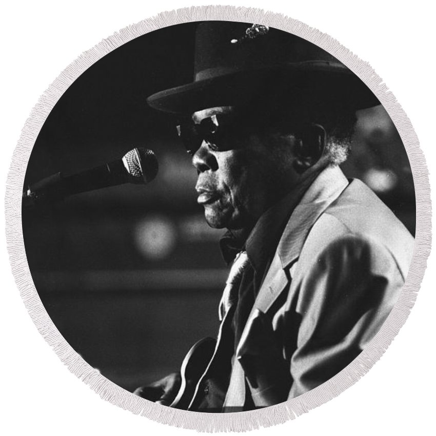 Blues Singer Round Beach Towel featuring the photograph John Lee Hooker by Concert Photos