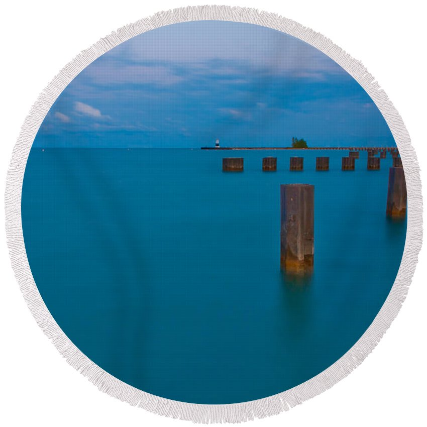 Chicago Round Beach Towel featuring the photograph Lake Michigan Pylons by Anthony Doudt