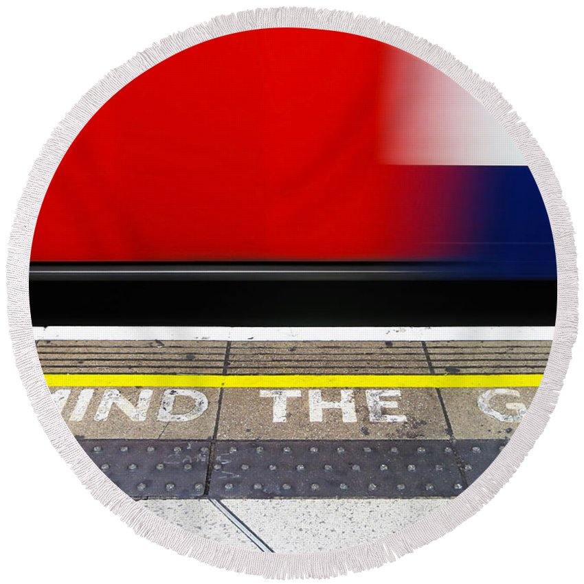 London Round Beach Towel featuring the photograph Mind The Gap by Dutourdumonde Photography
