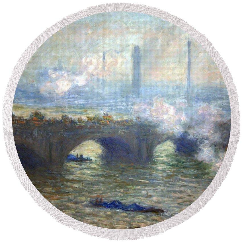 Waterloo Bridge Round Beach Towel featuring the photograph Monet's Waterloo Bridge On A Gray Day by Cora Wandel