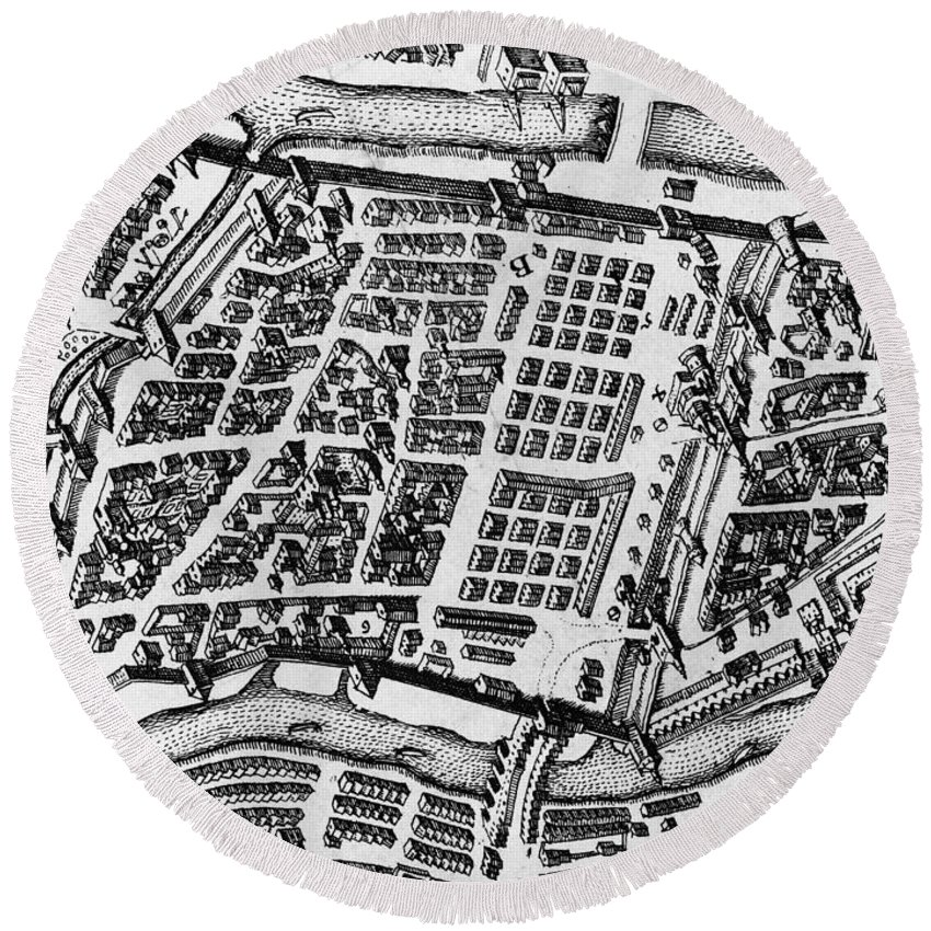 17th Century Round Beach Towel featuring the photograph Moscow: Kitai-gorod Map by Granger