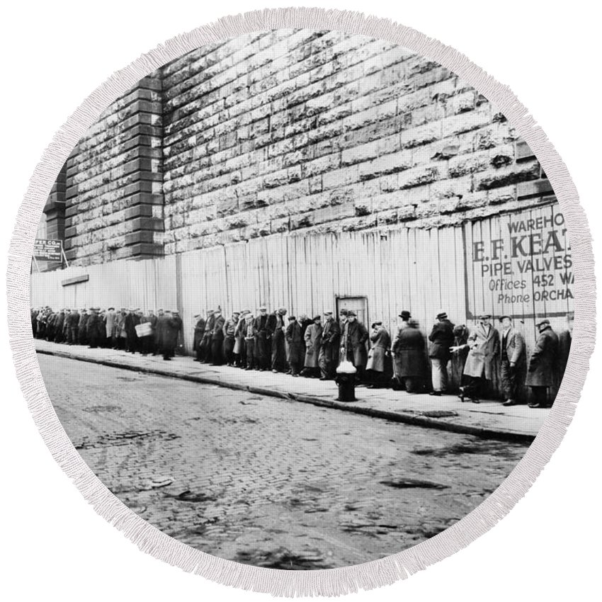 1930 Round Beach Towel featuring the photograph New York City Bread Line by Granger