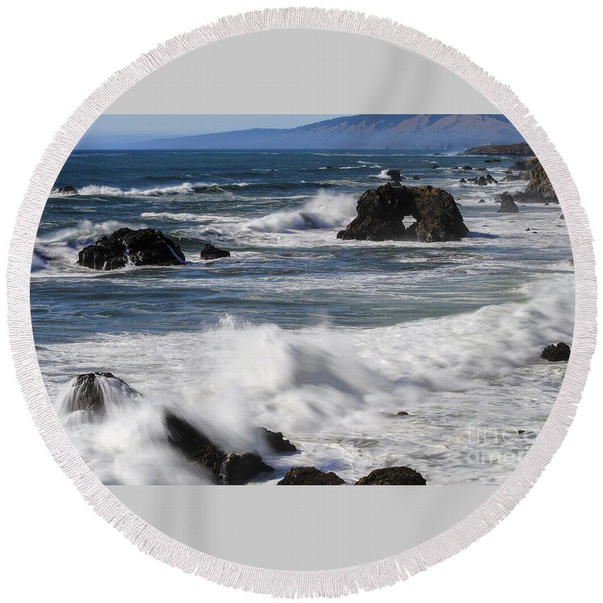 Bodega Bay California Wave Waves Water Oceans Sea Seas Pacific Ocean Bays Rock Formation Formations Rocks Spray Shore Shores Shoreline Shorelines Coast Coasts Coastline Coastlines Waterscape Waterscapes Round Beach Towel featuring the photograph Ocean View by Bob Phillips