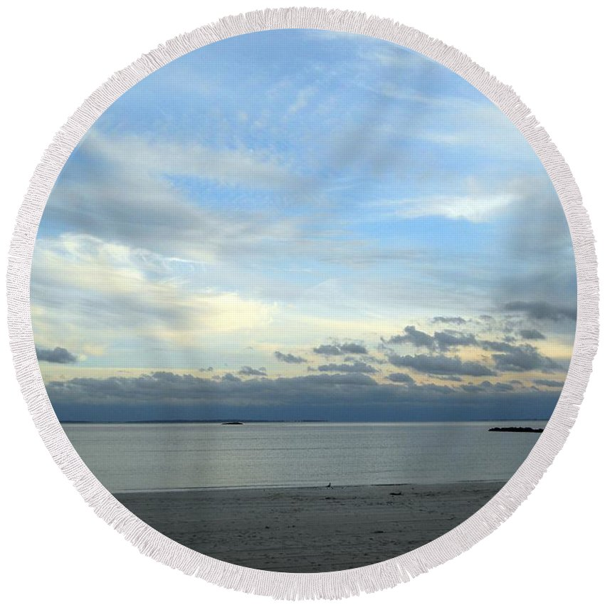 Round Beach Towel featuring the photograph Rocky Neck Beach by Wolfgang Schweizer
