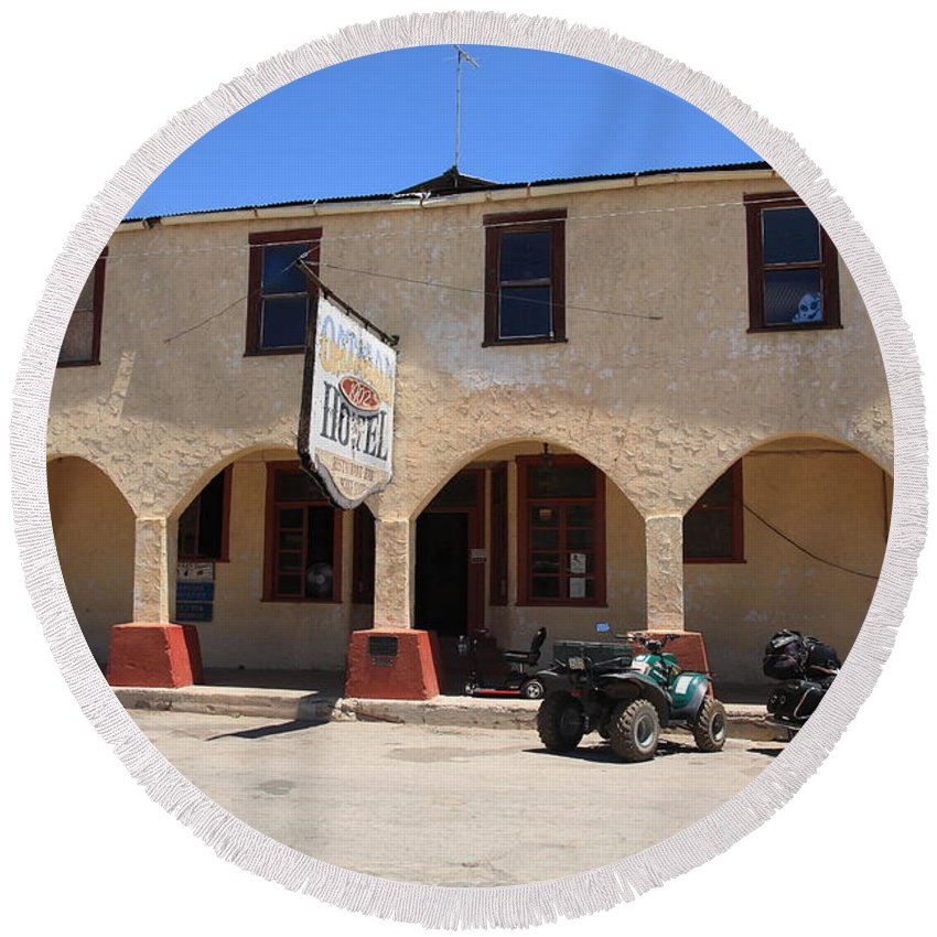 66 Round Beach Towel featuring the photograph Route 66 - Oatman Hotel by Frank Romeo
