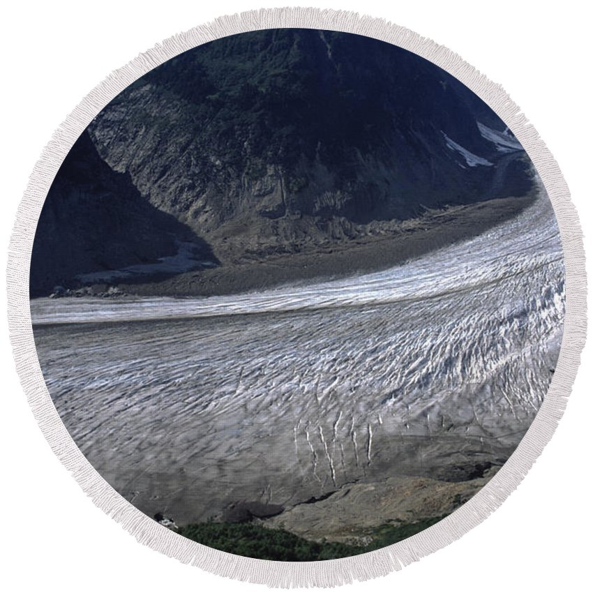 Alaska Round Beach Towel featuring the photograph Salmon Glacier by Roderick Bley