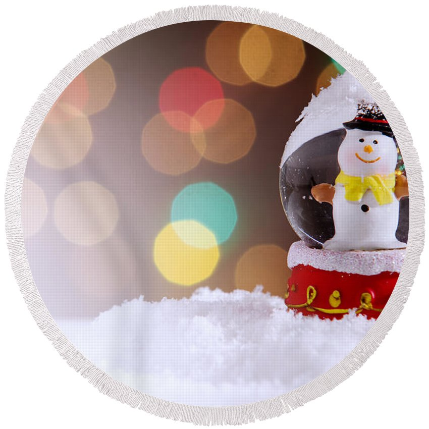 Snow Round Beach Towel featuring the photograph Snow Globe by Carlos Caetano