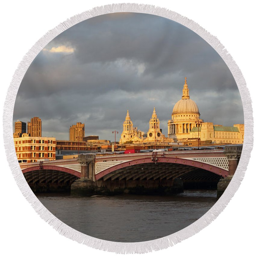 Sunset Over St Paul's Cathedral Round Beach Towel featuring the photograph Sunset Over St Pauls Cathedral London by Julia Gavin