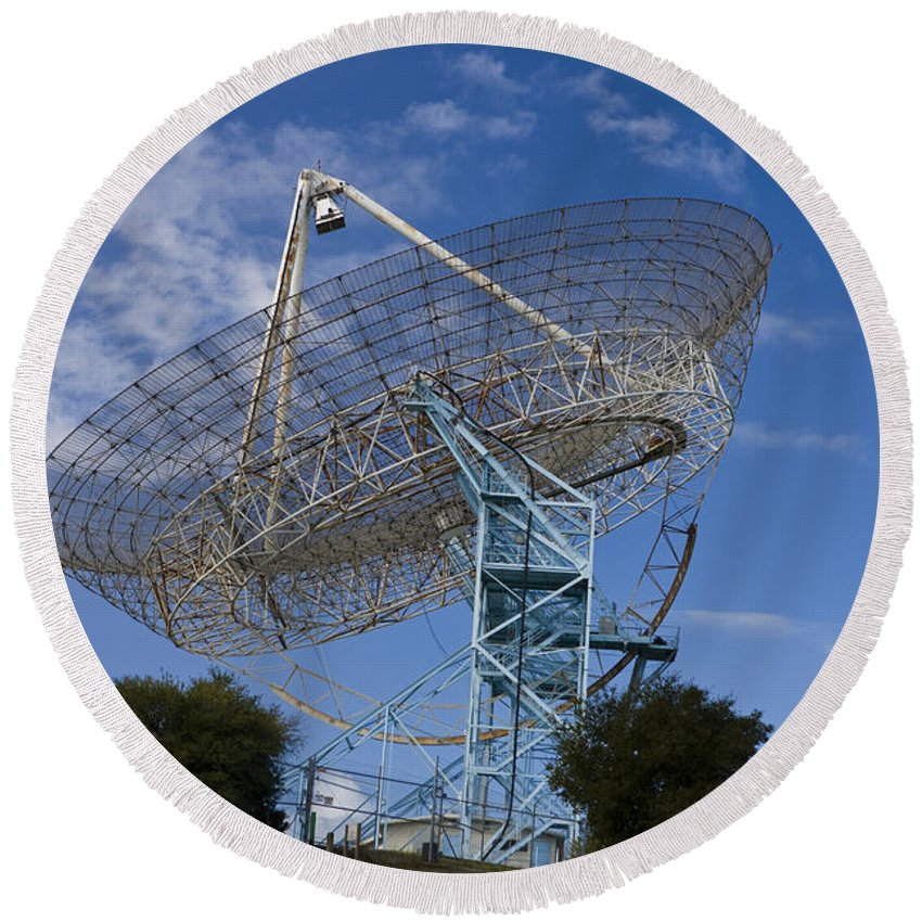 Travel Round Beach Towel featuring the photograph The Dish Stanford University by Jason O Watson