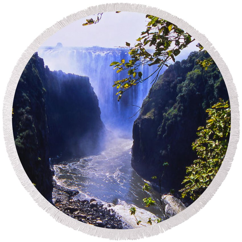 Landscape Round Beach Towel featuring the photograph The Victoria Falls by Alex Cassels