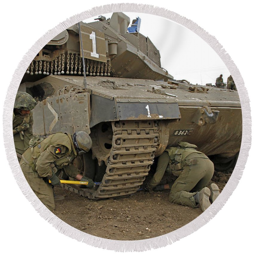 Battletank Round Beach Towel featuring the photograph Track Replacement On A Israel Defense by Ofer Zidon