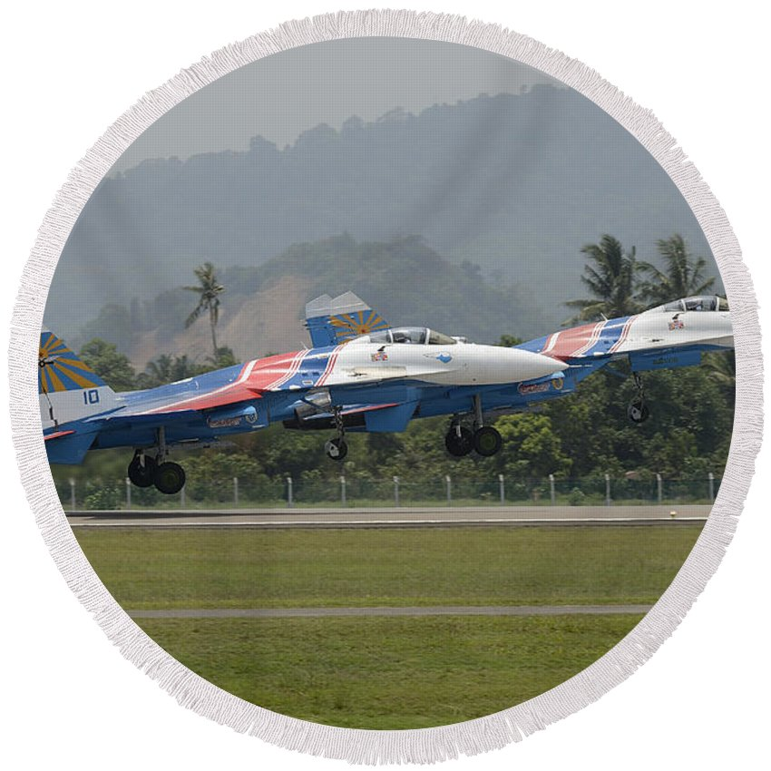 Horizontal Round Beach Towel featuring the photograph Two Sukhoi Su-27 Flanker Of The Russian by Remo Guidi