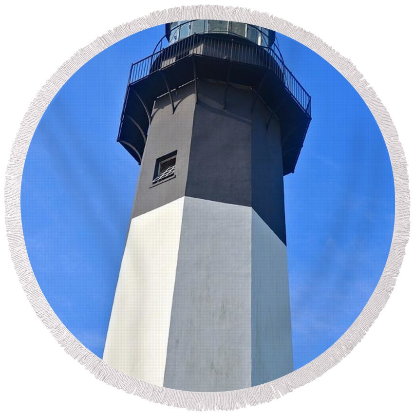 Tybee Island Lighthouse Round Beach Towel featuring the photograph Tybee Island Lighthouse by Tara Potts