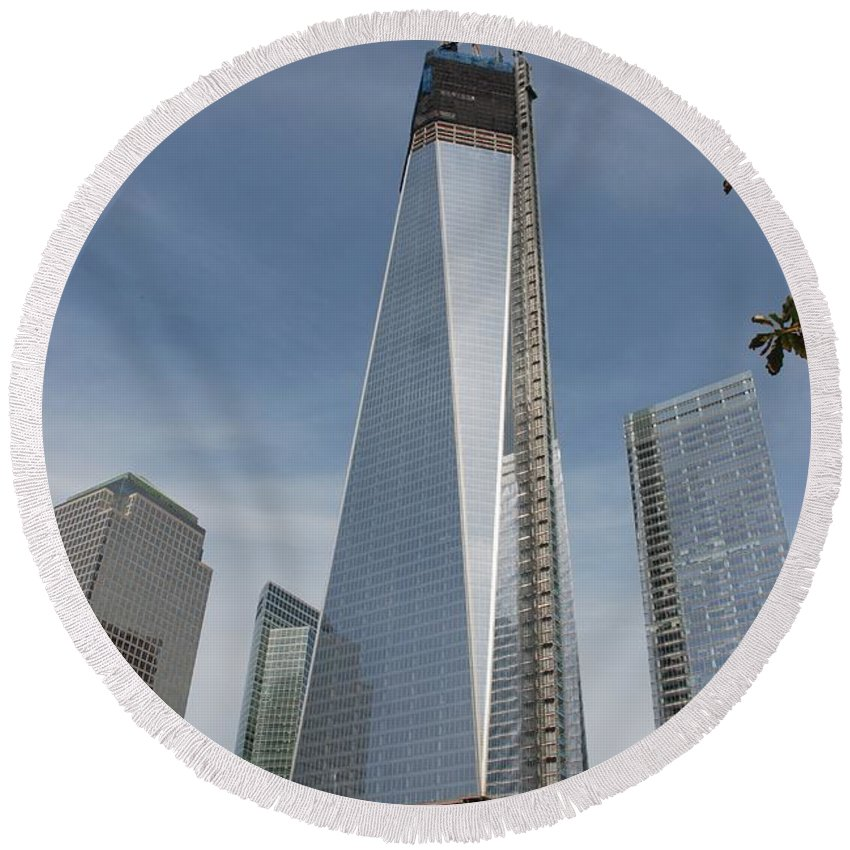 Wtc Round Beach Towel featuring the photograph 1 W T C And Museum by Rob Hans