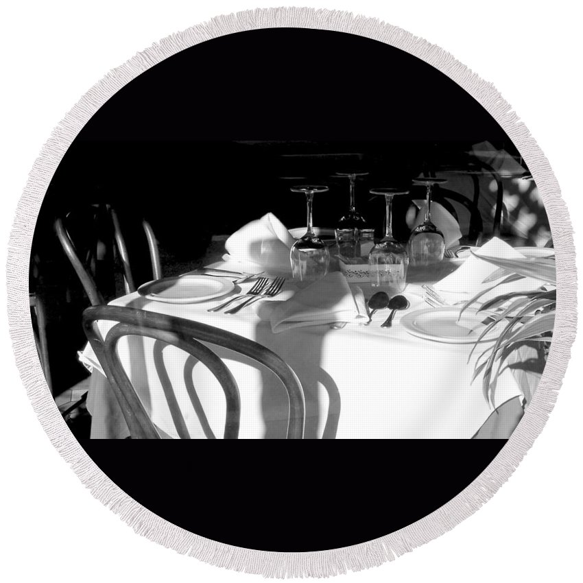 Columbia Restaurant Round Beach Towel featuring the photograph Waiting For Diners Bw by Norman Johnson