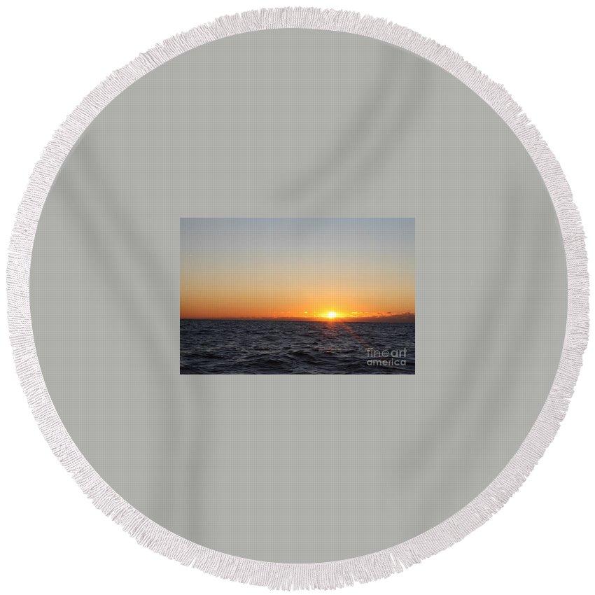 Winter Sunrise Over The Ocean Round Beach Towel featuring the photograph Winter Sunrise Over The Ocean by John Telfer