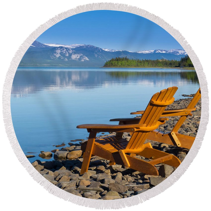 Adirondack Round Beach Towel featuring the photograph Wooden Deckchairs Overlooking Scenic Lake Laberge by Stephan Pietzko