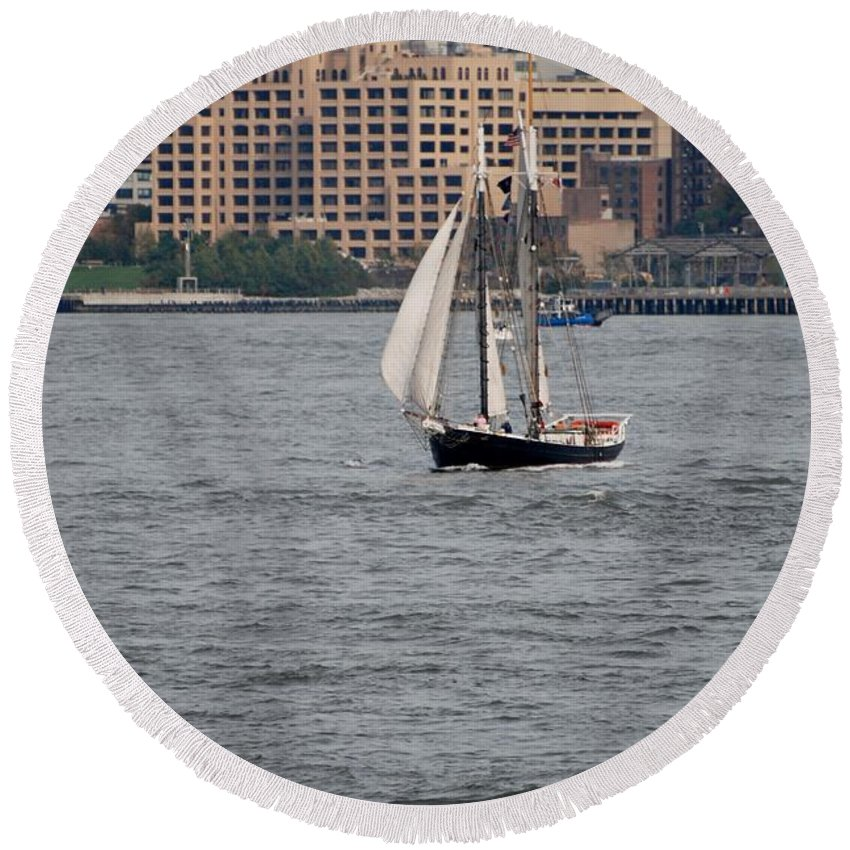 New York Round Beach Towel featuring the photograph Wooden Ship On The Water by Rob Hans