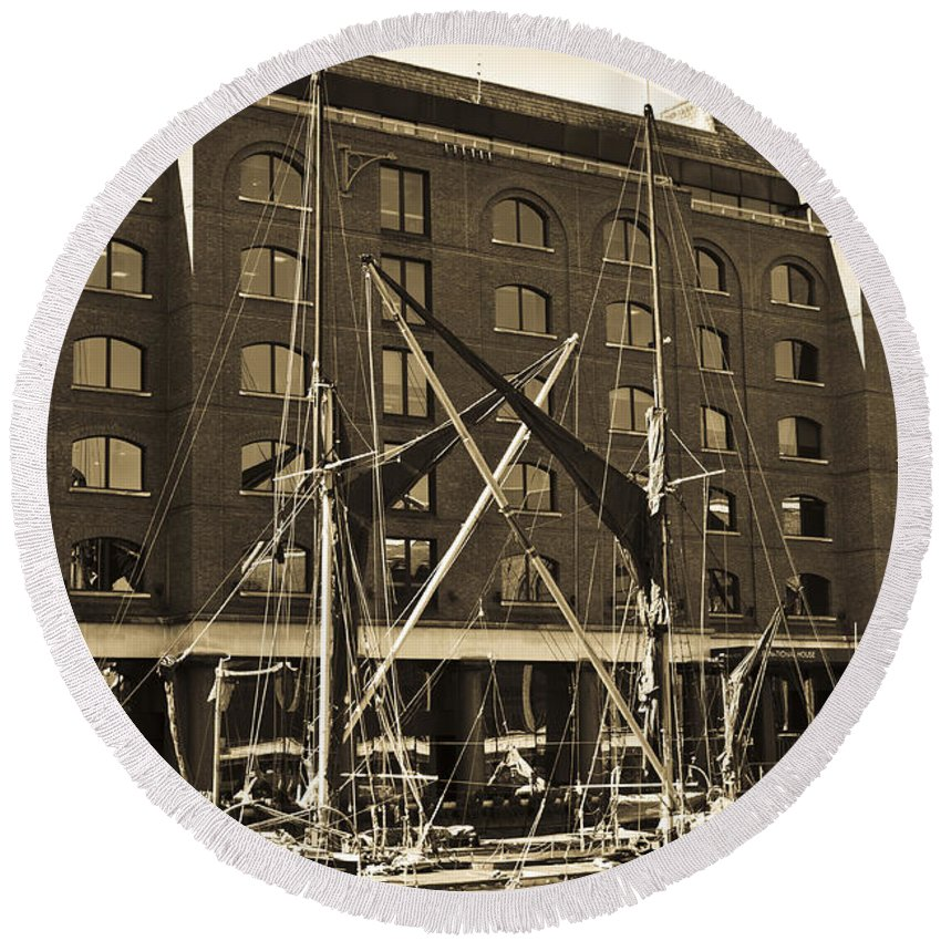 River Thames Round Beach Towel featuring the photograph St Katherine's Dock London by David Pyatt