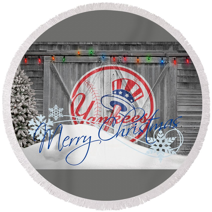 Yankees Round Beach Towel featuring the photograph New York Yankees by Joe Hamilton