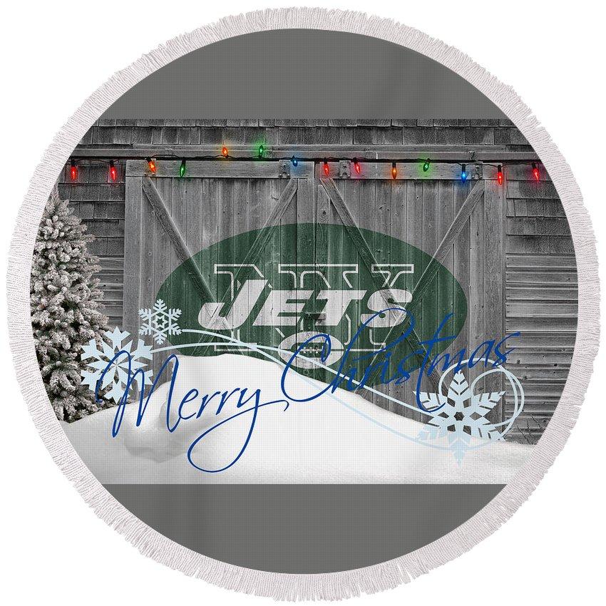 Jets Round Beach Towel featuring the photograph New York Jets by Joe Hamilton