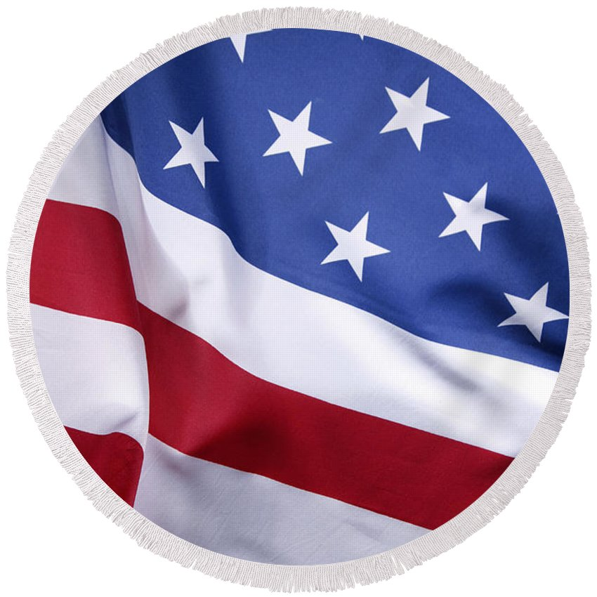 Flag Round Beach Towel featuring the photograph Usa Flag by Les Cunliffe