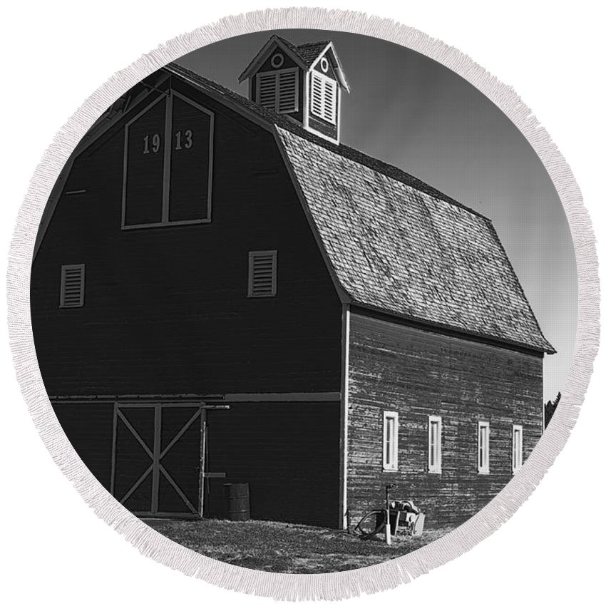 Round Beach Towel featuring the photograph 1913 Barn Black And White by Cathy Anderson
