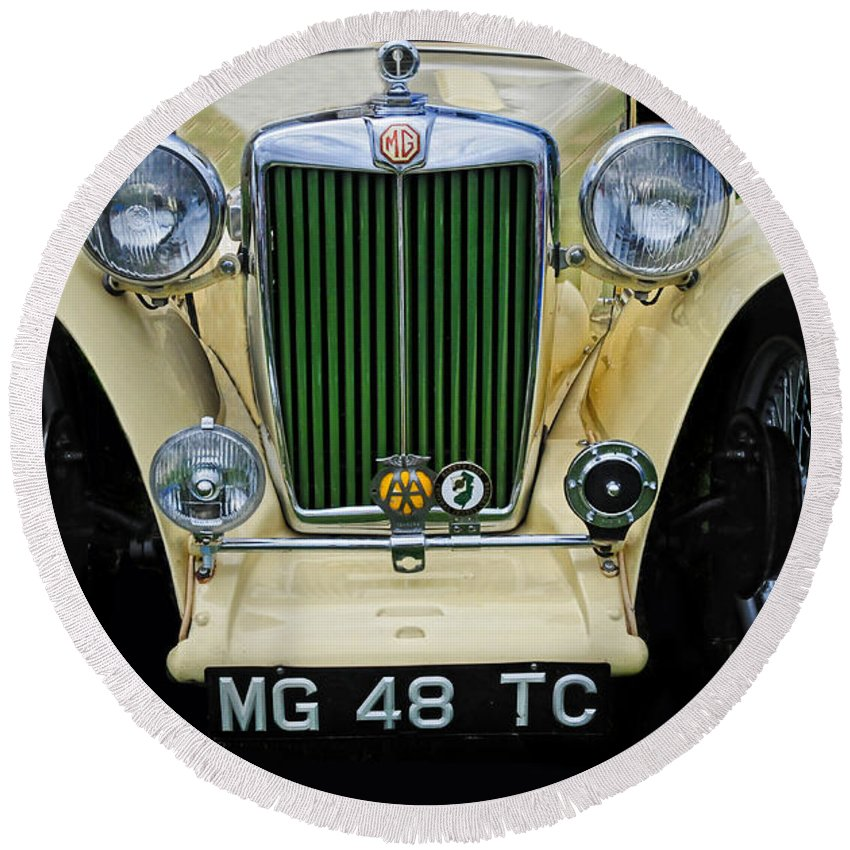 Mg Round Beach Towel featuring the photograph 1948 Mgtc by Dave Mills