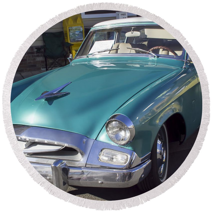 1955 Studebaker Round Beach Towel featuring the photograph 1955 Studebaker Coupe 1 by Cathy Anderson