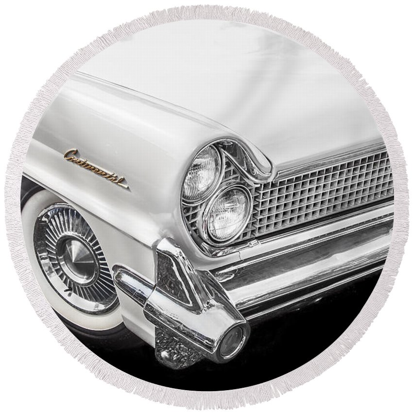 Lincoln Round Beach Towel featuring the photograph 1959 Lincoln Continental Chrome by Rich Franco
